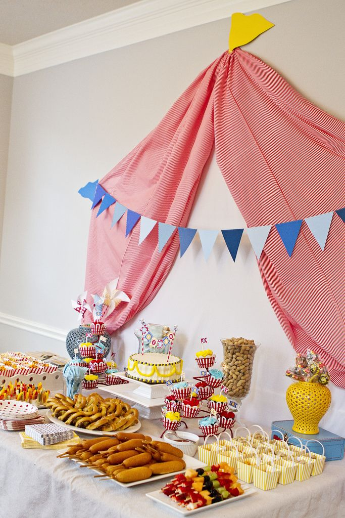 Circus Party Food Would Be Fun And Easy Corn Dogs Hot Pretzels Cheese Popcorn Bar Etc