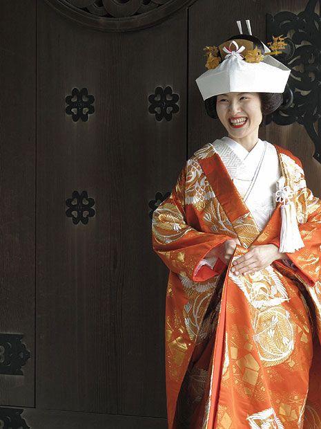 A beaming bride in Japan  //  Sara Beemsterboer