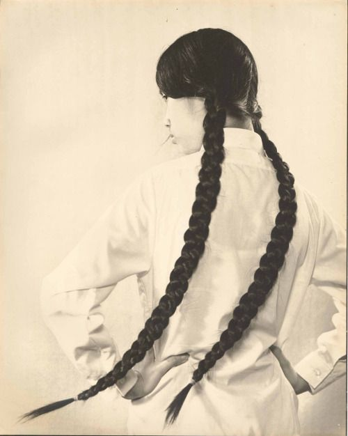 Portraits of Hong Kong Women in the 1960s.(l)