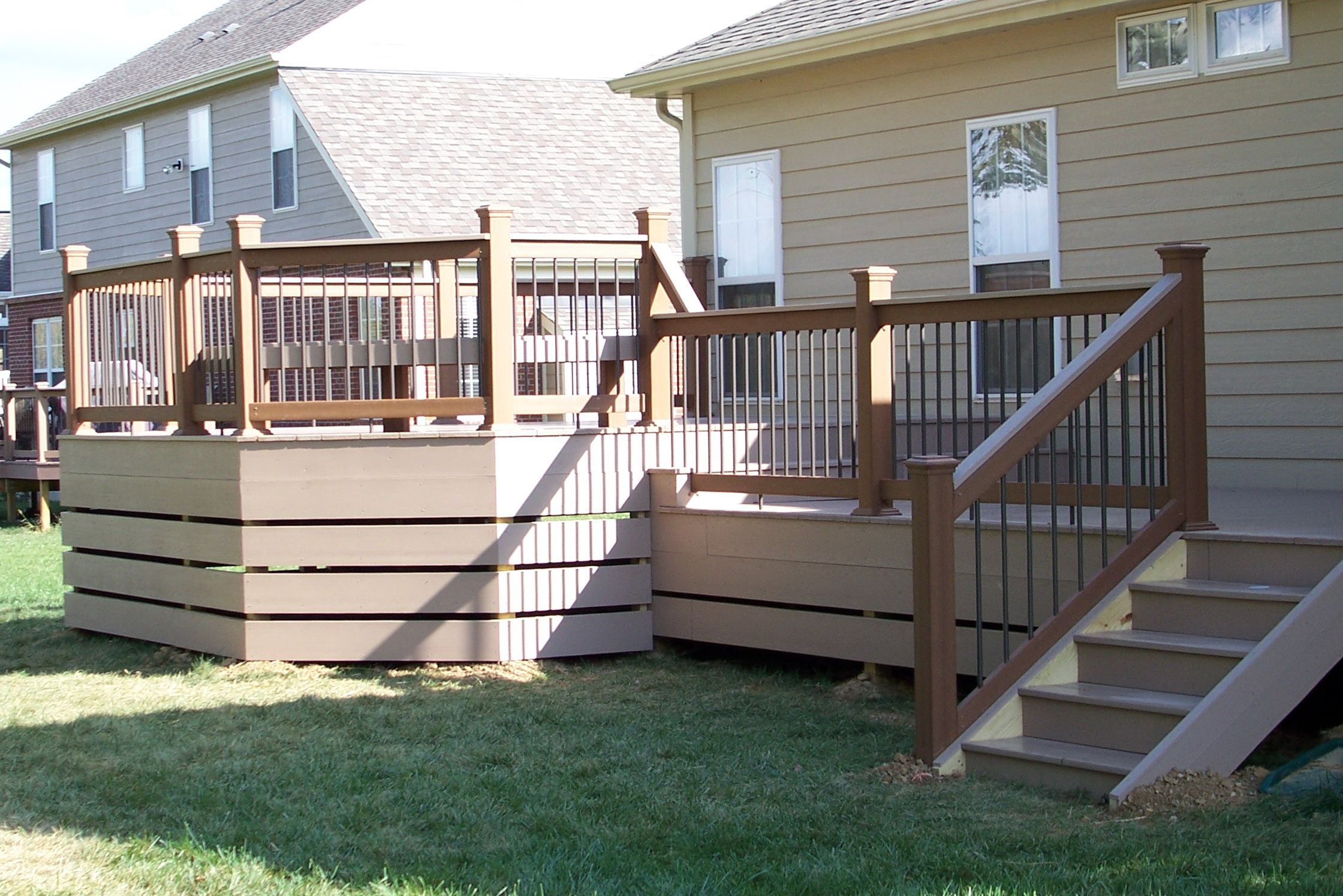 wonderful deck skirting ideas to use for your home #deckskirting