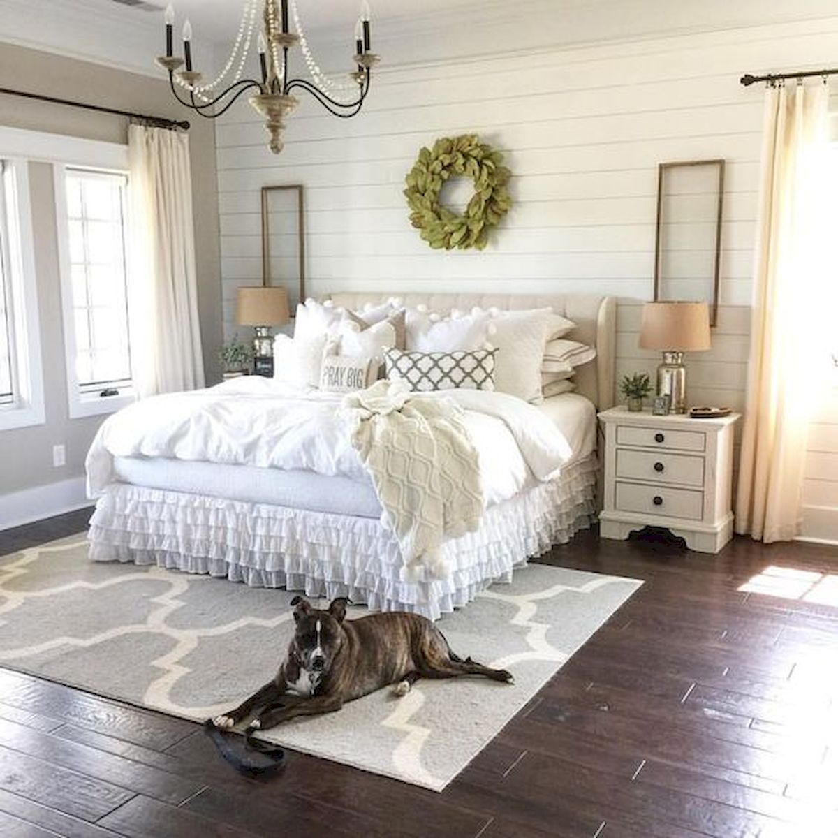 60 Adorable Modern Farmhouse Bedroom Design Ideas and Decor images