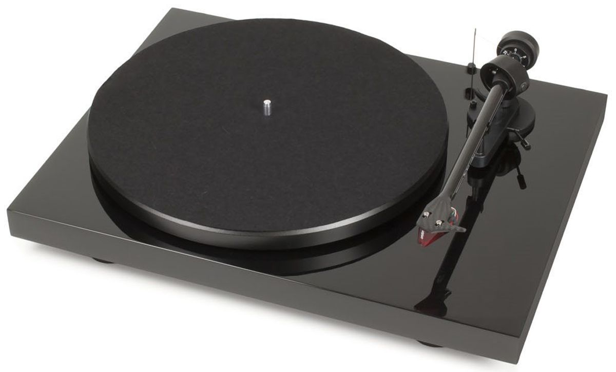 Pro Ject Debut Carbon Dc Black Turntable Dcarbondcblk Usb Turntable Turntable Audiophile Turntable