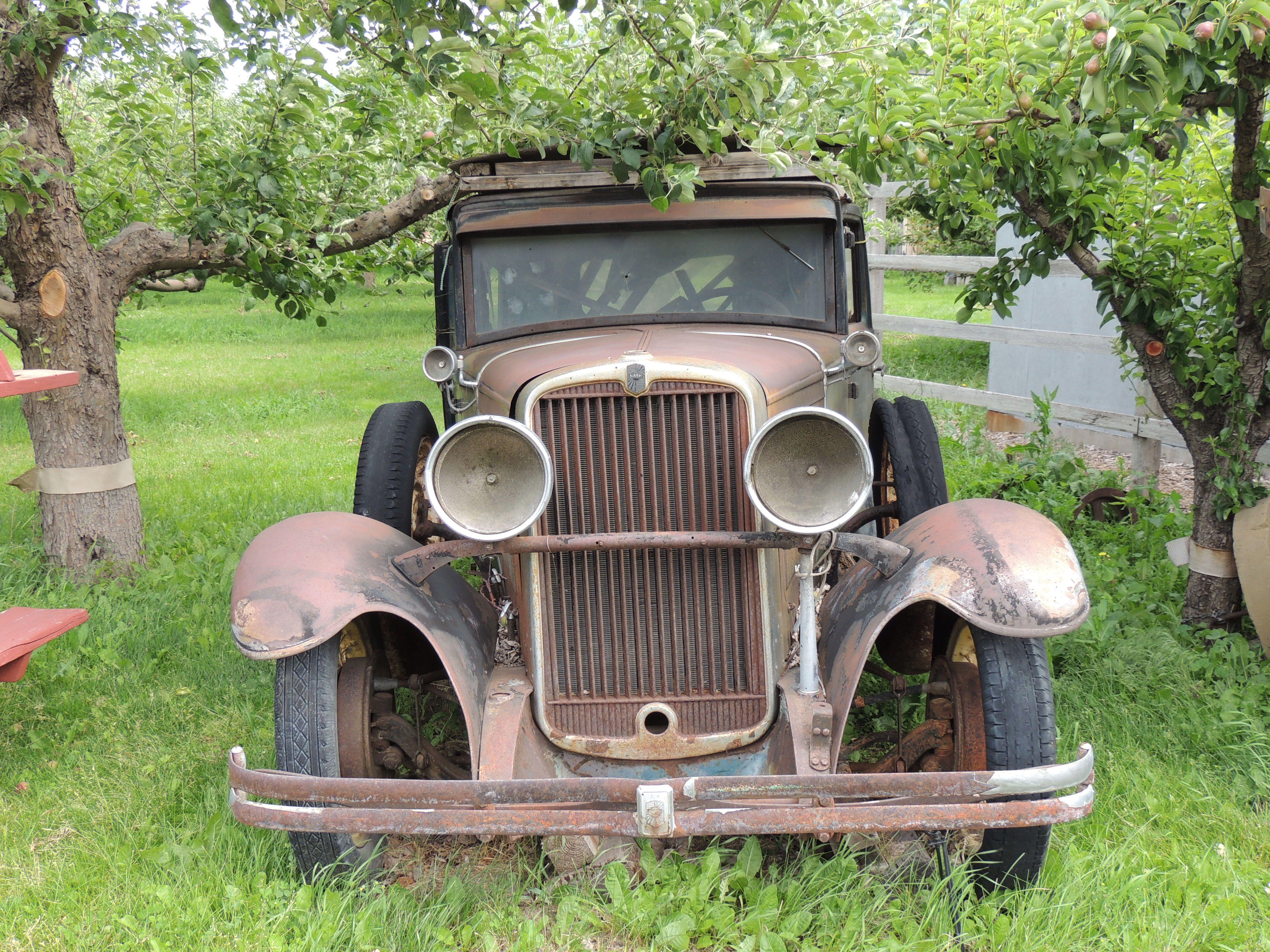 old car in Keremeos BC | HISTORY: Forgotten Abandoned Treasures ...