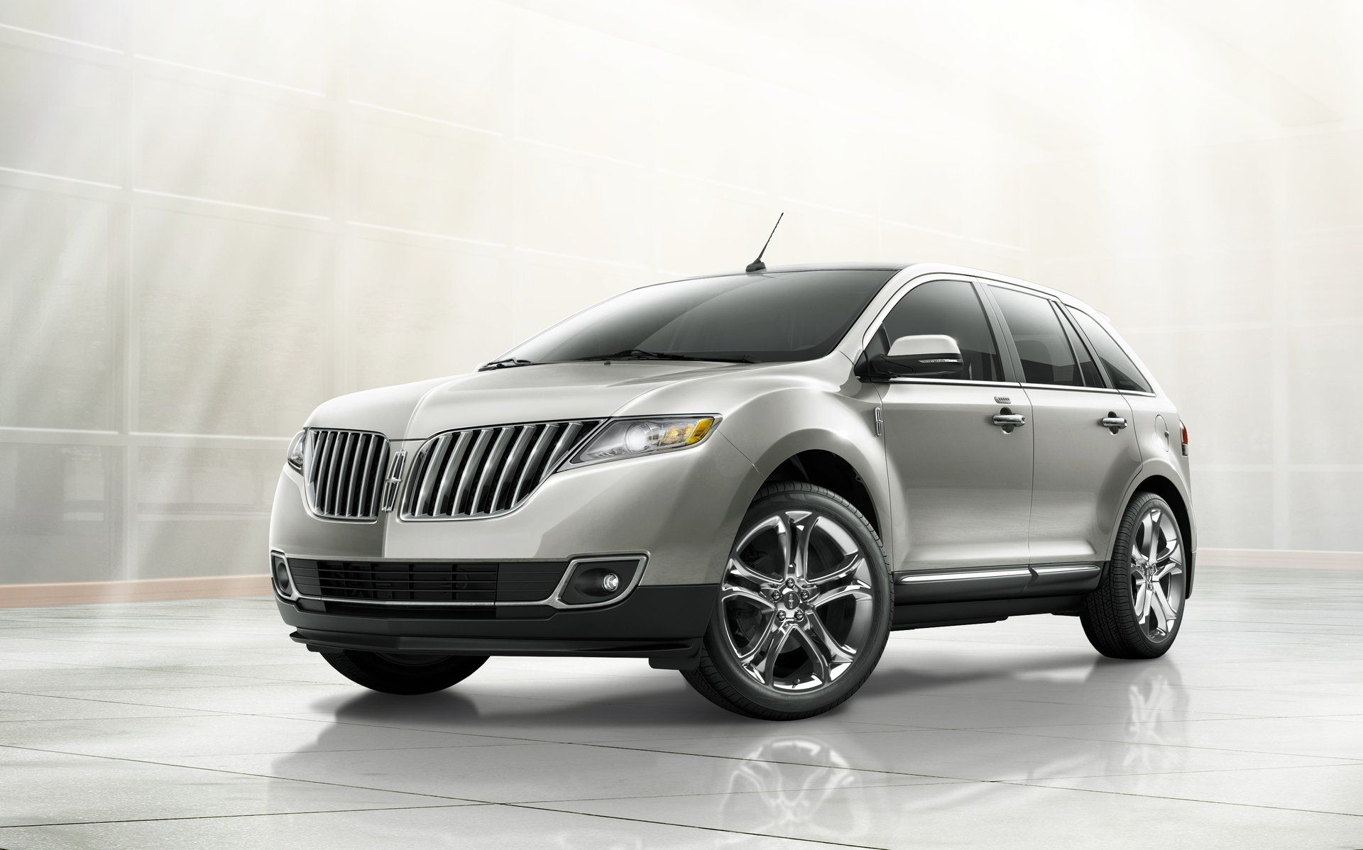 review original mkc photos and info driver car photo news first drive lincoln crossover reviews suv s
