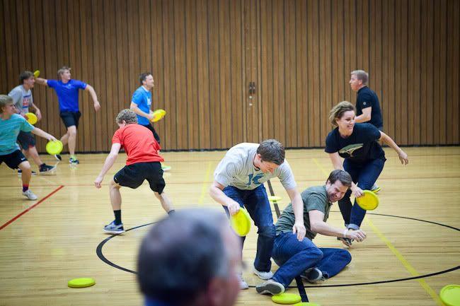 Frisbee dodge ball