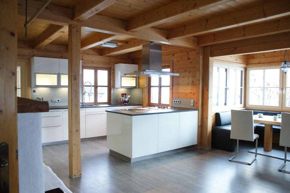 Küche Bad Goisern Wohnraum mit viel Holzelementen