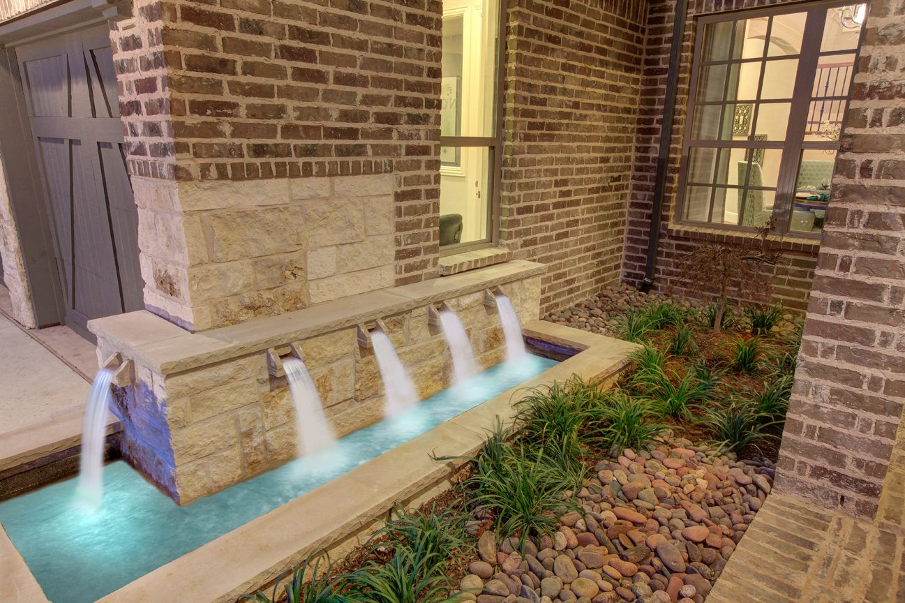 Lakeside DFW model home in Flower Mound, Texas fountain