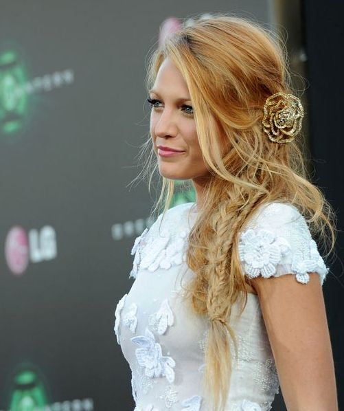 Blake Lively S Red Carpet Boho Side Braided Hairstyles Full Dose Side Braid Hairstyles Long Braided Hairstyles Braided Hairstyles Easy