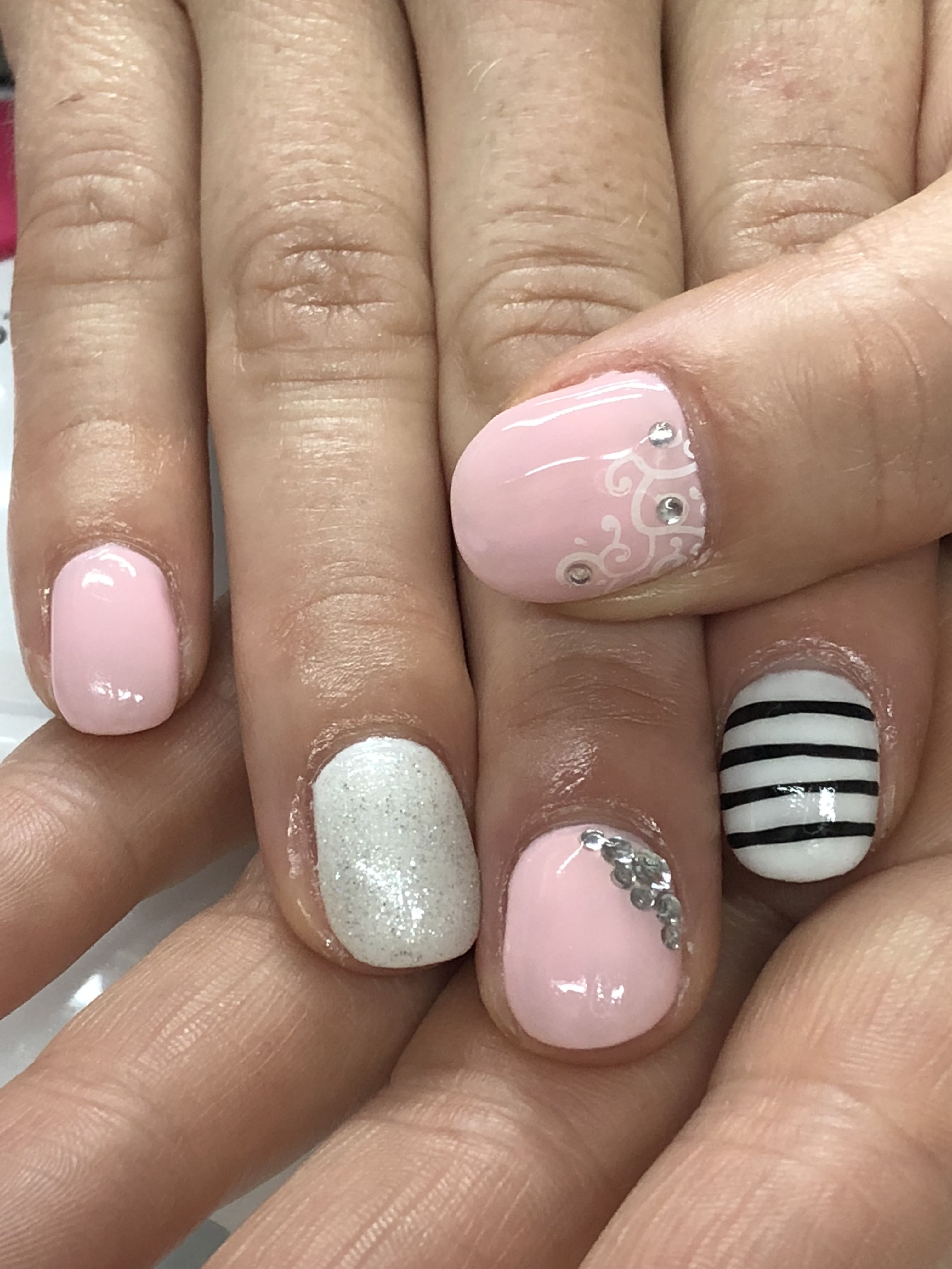 Spring Summer Elegant Simple Pink White Rhinestones Gel Nails Gel Nails Gel Nail Designs White Rhinestone