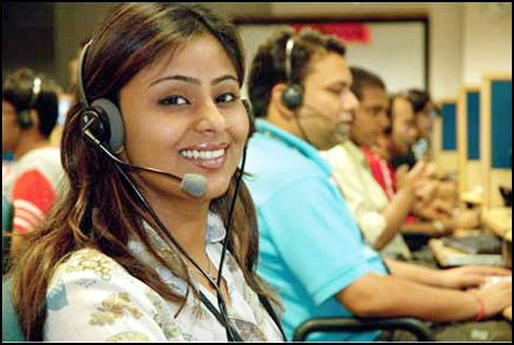 Latest Customer Service Trends That Call Centers Should Pay