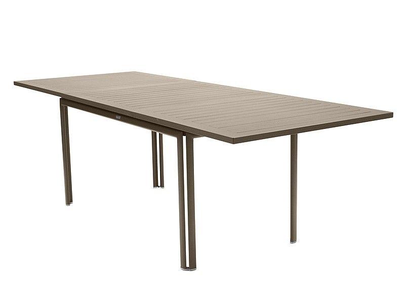 Ein Großer Ausziehbarer Tisch, Ausziehbar Bis Zu 240 Cm, Für Ihren Garten,  Balkon