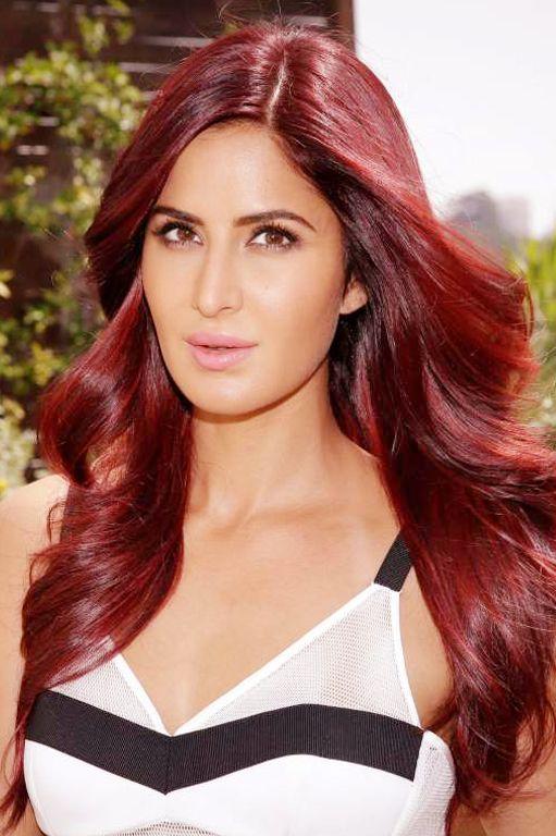 Katrina Kaif Red Hair Pesquisa Google Bollywood Hairstyles Red Hair Red Hair Indian