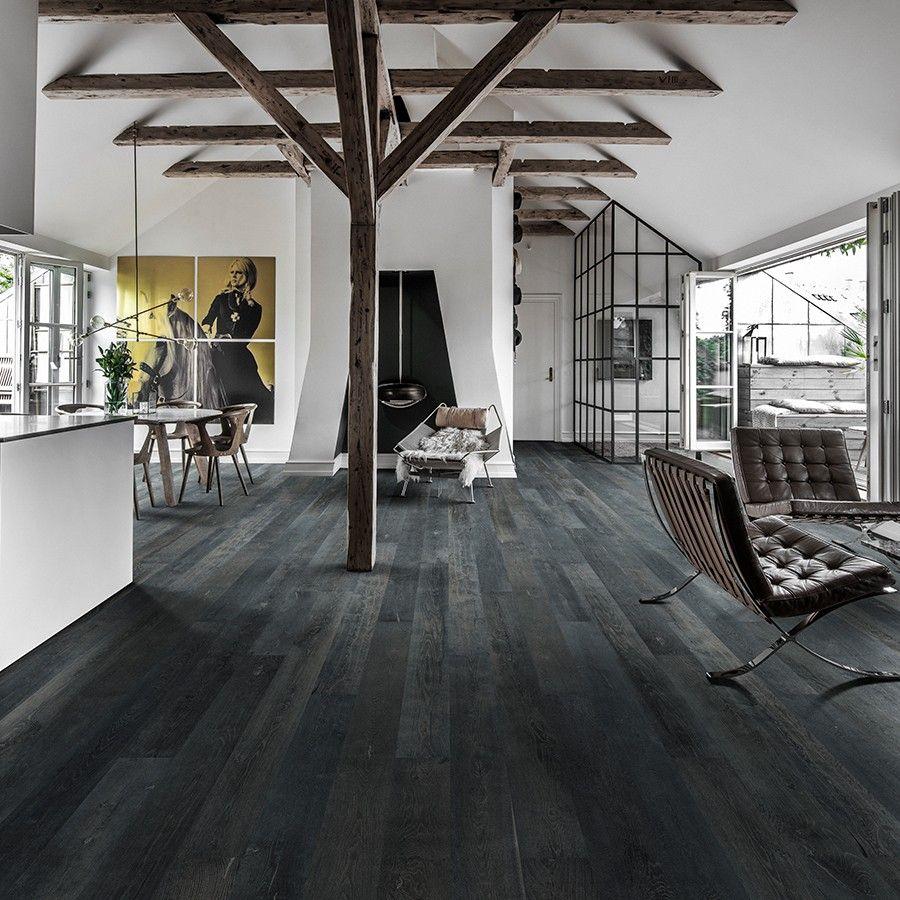 Έχετε ξύλινο στην κατοικία σας; Έτσι θα το διακοσμήσετε το 2021