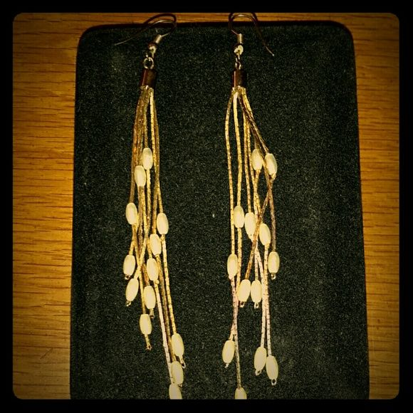 AUTHENTIC Vintage freshwater pearl earrings These are authentic vintage earrings made of freshwater pearls.  They were my grandmother's. Jewelry Earrings