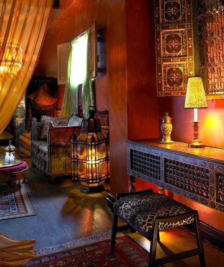 Décor oriental en 20 idées originales pour ravigoter lu0027espace de vie ! - Peindre Table De Chevet