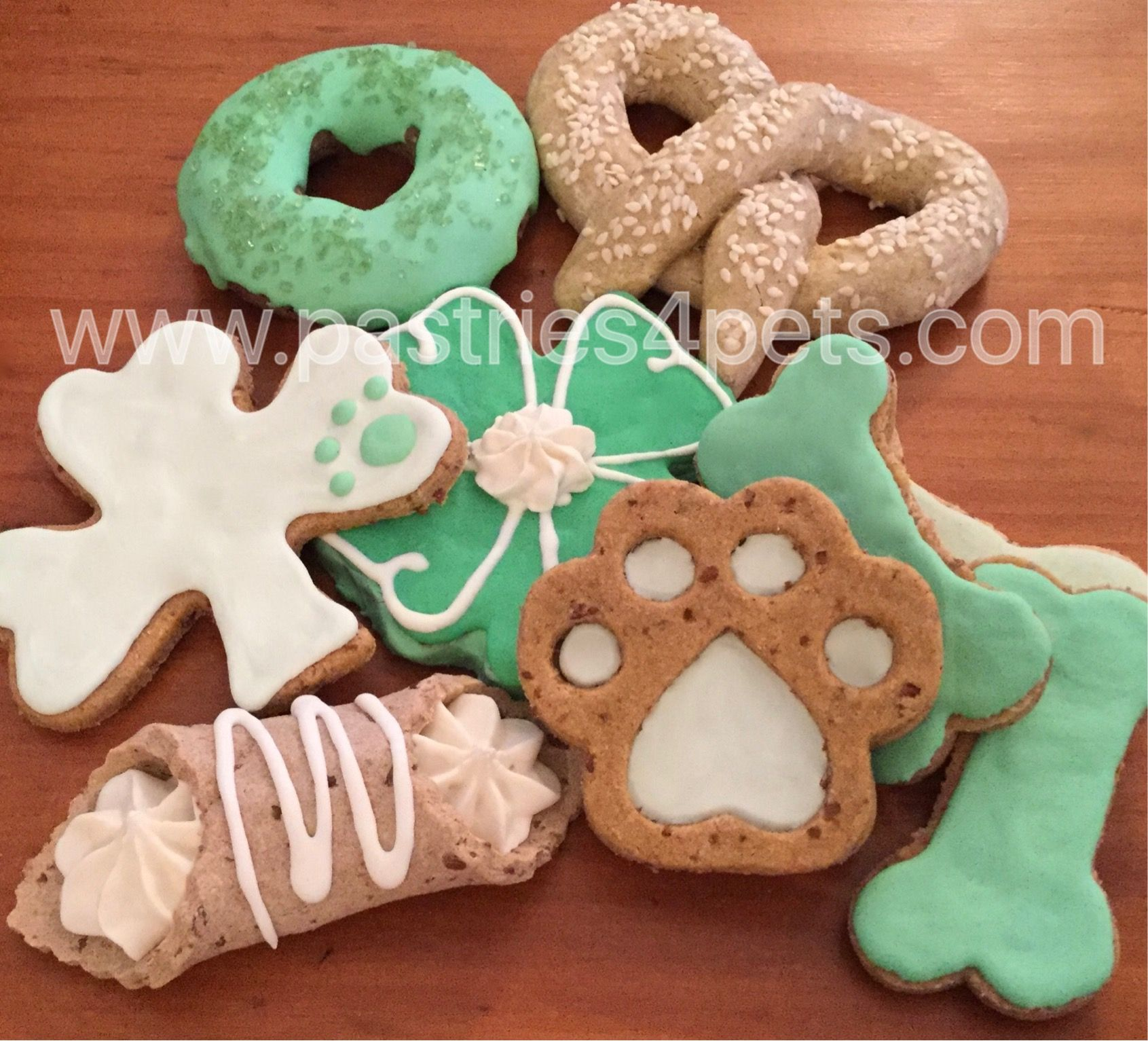 Fun With Treaty Treat Dog Treat Icing From Pastries4pets Com