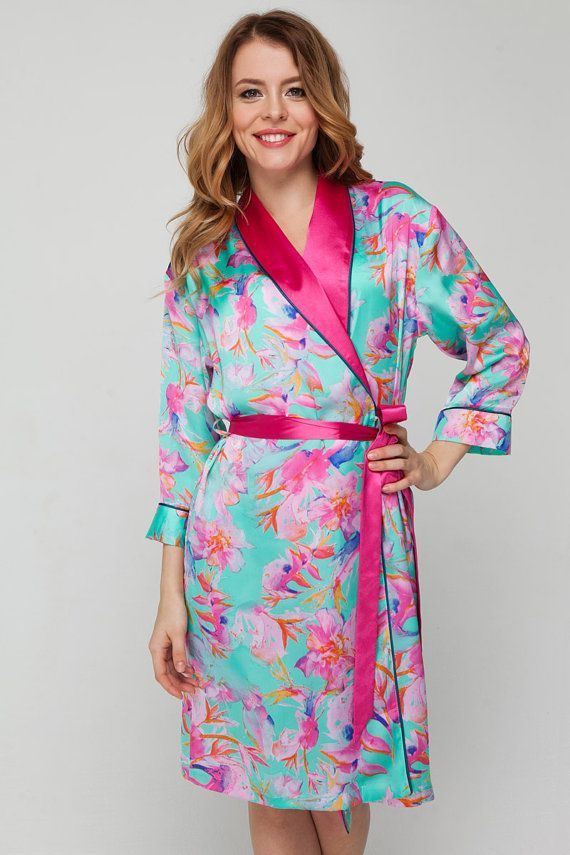 Elegant Satin Dressing Gown UK 14-18  Pink Floral Satin Robe   Bridesmaid    Brides  Bridal Party Wedding Robes  Sexy Turquoise Kimono Gown 97d970bd9