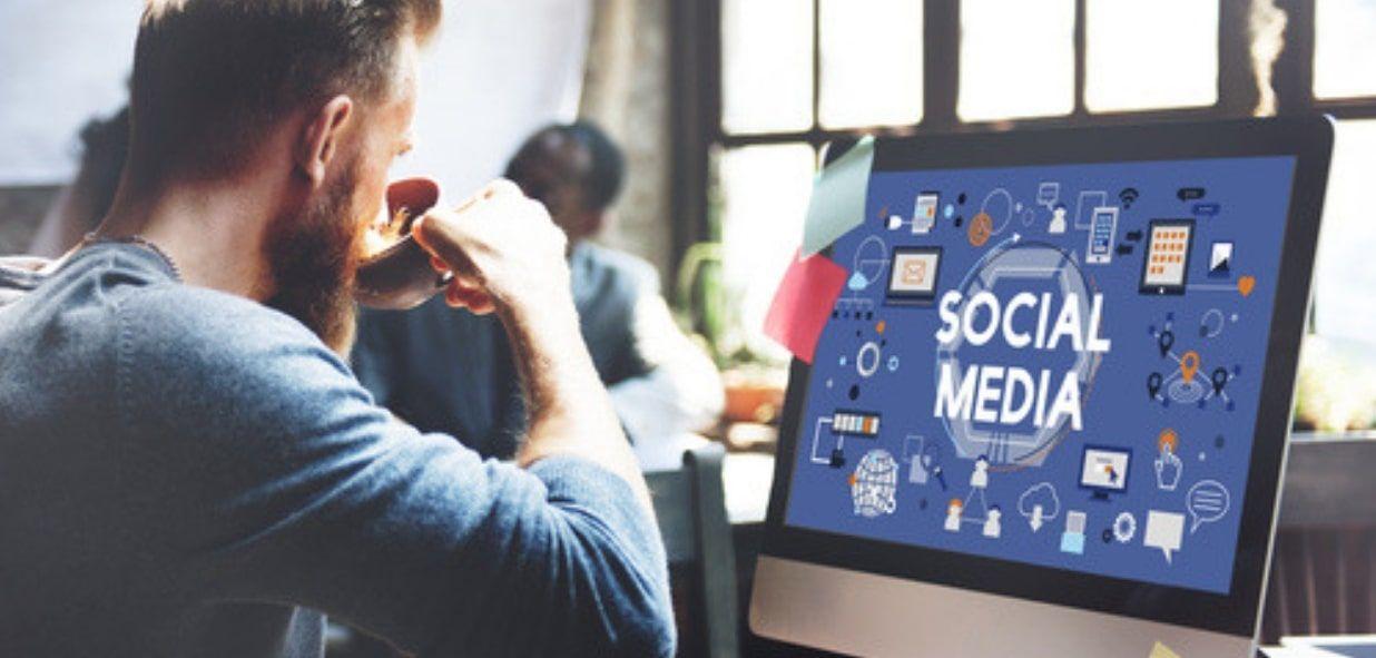 Community Manager Principales Tareas Y Habilidades Esenciales Medios De Comunicacion Social Mercadotecnia En Medios Sociales Estrategias De Marketing