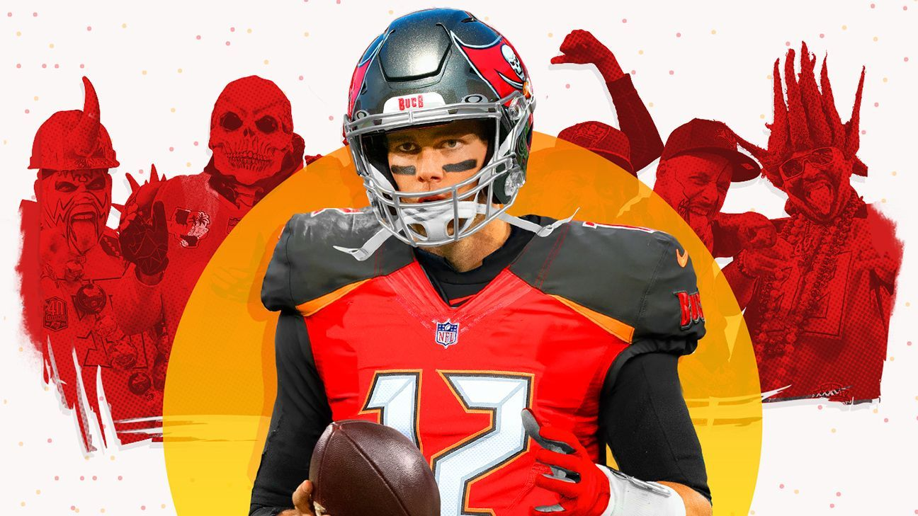 Hungry Brady Officially Signs With Buccaneers In 2020 Manning Nfl Tom Brady Tom Brady Nfl