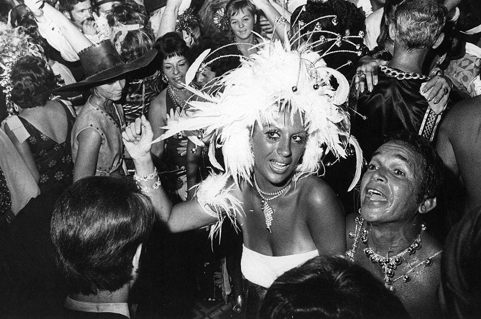 Baile de carnaval do Hotel Copacabana Palace. Rio de Janeiro acc12c27a94