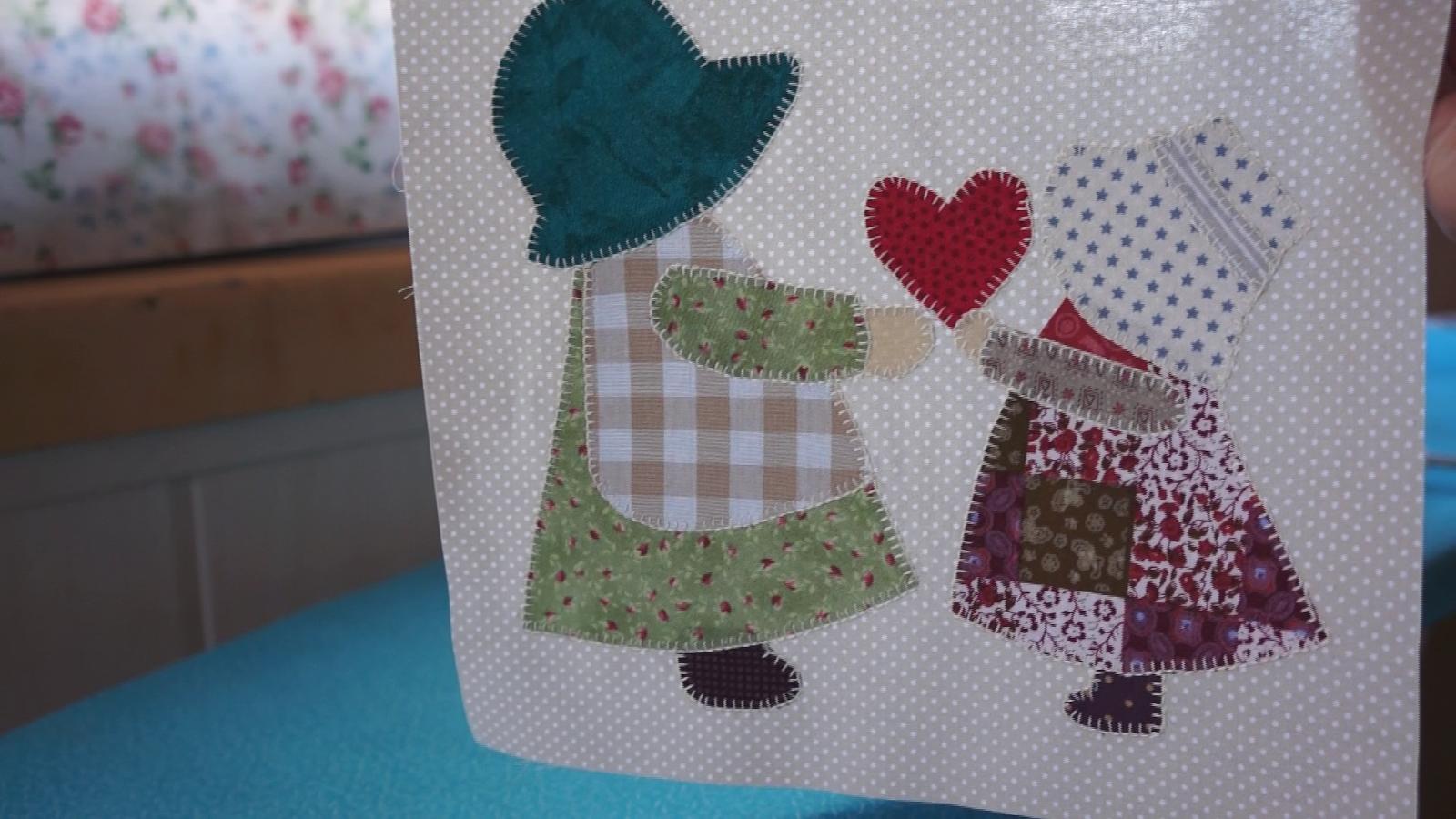 Tutorial con el paso a paso de como hacer coj n de patchwork para el d a de la madre patrones - Como hacer pachwork ...