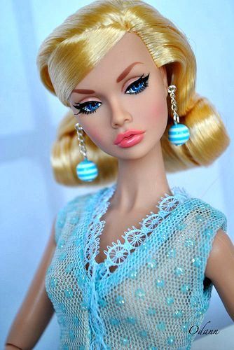Poppy Dolls ◉◡◉  The face of my next project - Twiggy repaint!