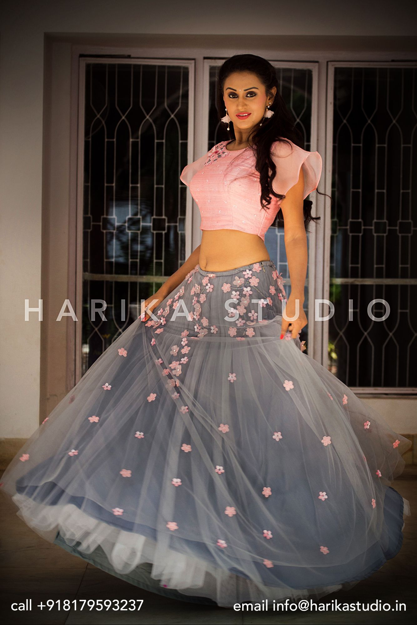 The unique color combination of pink and gray lehenga from ...