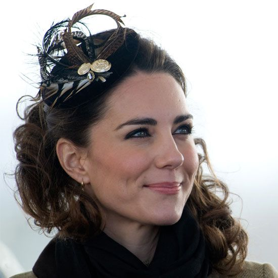 Kate Middleton Fascinators and Hair Accessories  Like our Facebook page and share what is of interest to you https://www.facebook.com/WhitesandsSecretGarden