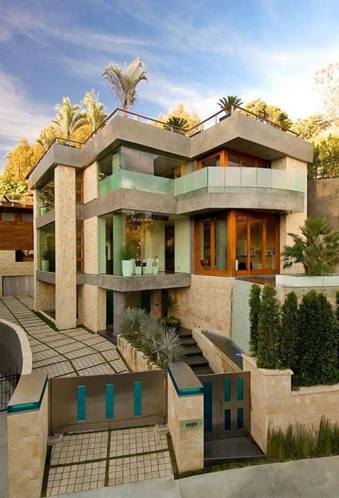 Mansion dream house: You won't believe the house that Microsoft billionaire, Bill Gates lives in
