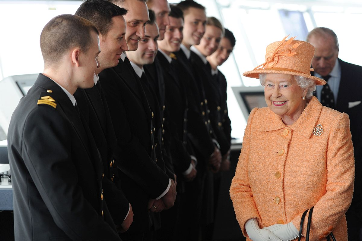 Happy Birthday Ma'am! #Queenat90 #QueenElizabeth #royalfamily Image thanks @pandocruises