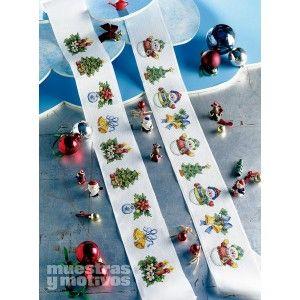 Original cenefa en punto de cruz con motivos navideños. #muestrasymotivos #cenefas #puntodecruz #navidad