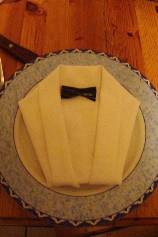 بحد ذاتها تبخر النهاية pliage de serviette en papier forme cravate et chemise