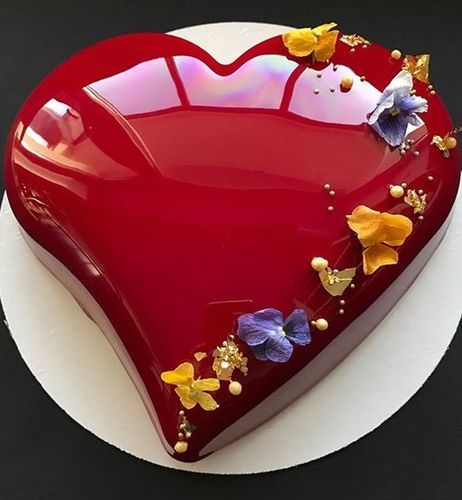 Valentine\'s Day Mirror Glaze Cake
