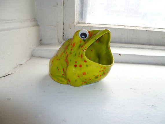 Ceramic Frog, Sponge Holder, Kitchen Decor, Green Frog, Speckle Glaze,  Bullfrog