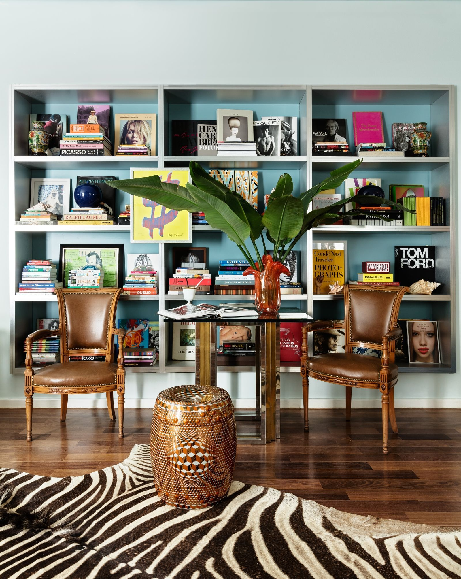 Color Lovers, This São Paulo Duplex Is The Stuff Of Dreams | Library ...