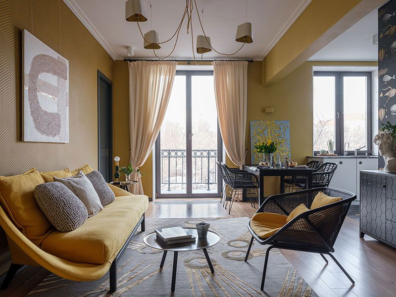 Designer's apartment in yellow shades with interesting