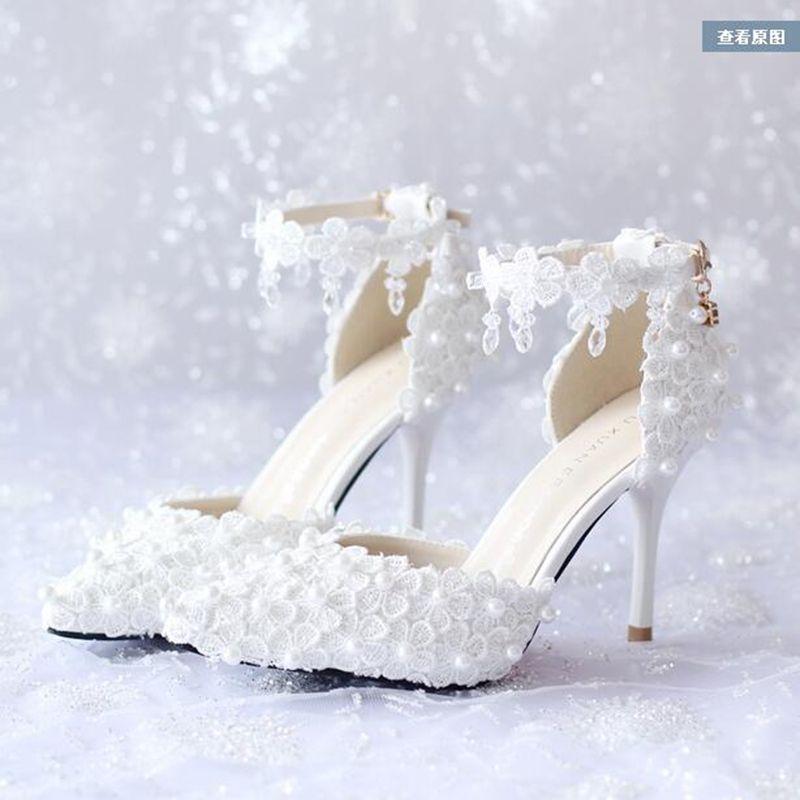 55448b3f9 Barato 7 cm/9 cm Mulheres Moda Doce Lace Flor Branca Plataforma sapatos de  Salto Alto strass Pérolas Sapatos de Casamento Vestido de Noiva sapatos, ...