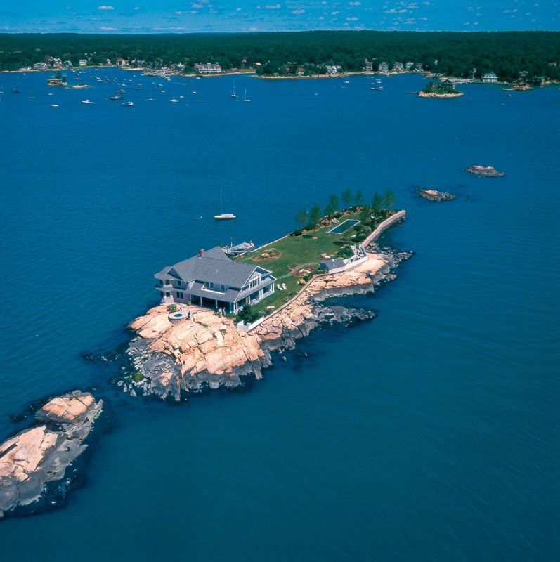 Vladi Private Islands In 2020 Island Beautiful Places Island Life