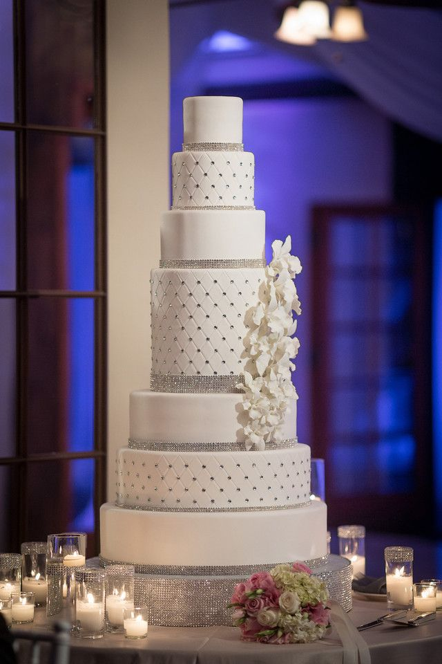 Our gorgeous wedding cake created by Cake Studio LA!