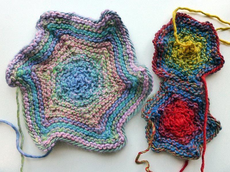 """Knitaholics Advent Calendar 2012 * December 04 * Knitted Element Hexagon """"Star"""""""