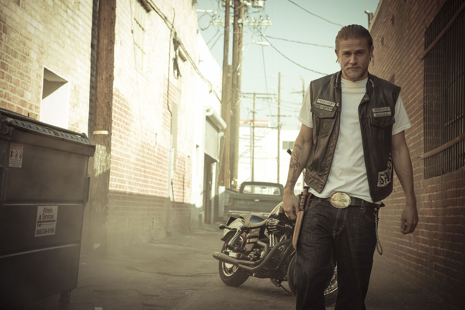 Charlie Hunnam - Sons of Anarchy Photoshoot | Sons of ...