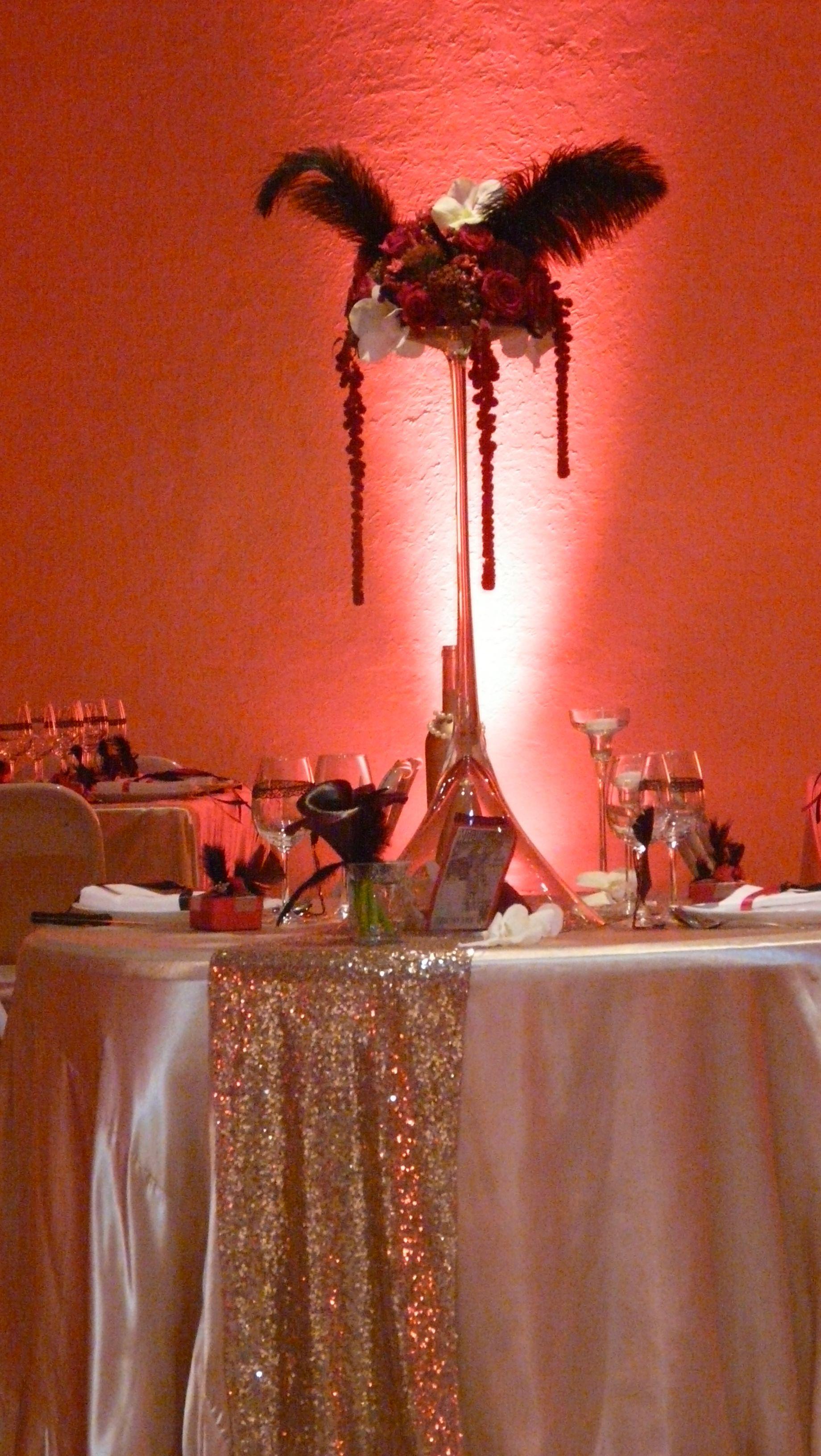 cabaret / wedding décor réalisé par : nuits célestes mariage wedding