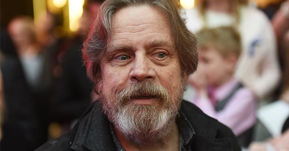 Net Worth Of 8 Original Star Wars Actors Mark Hamill Star Wars Actors Star Wars Quotes