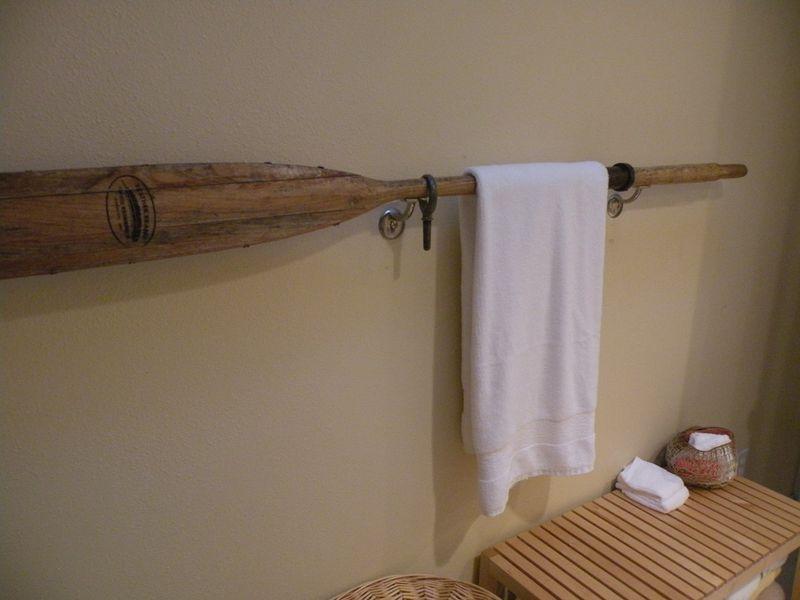 Coastal Towel Racks For Bathroom: Beach House Bathroom