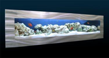 een flatsreen aquarium voor aan de wand met led-verlichting de ...