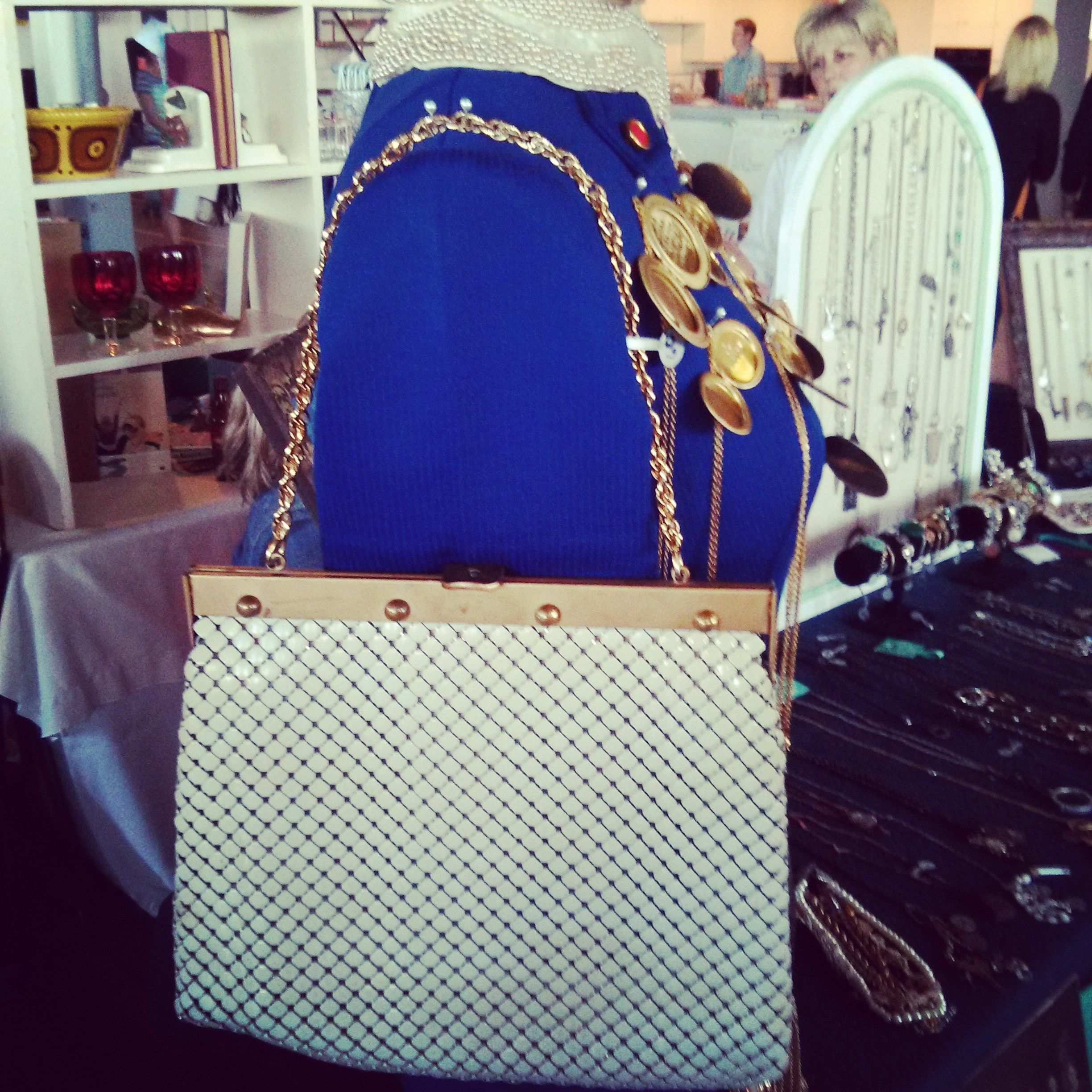 Vintage Purse...absolutely love!!! #love #style #womens #vintage