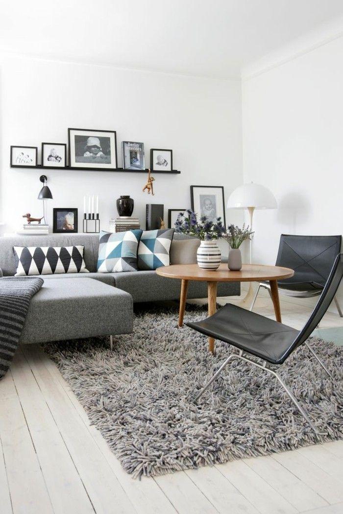sofa stoff graues sofa teppich dekokissen geometrische muster