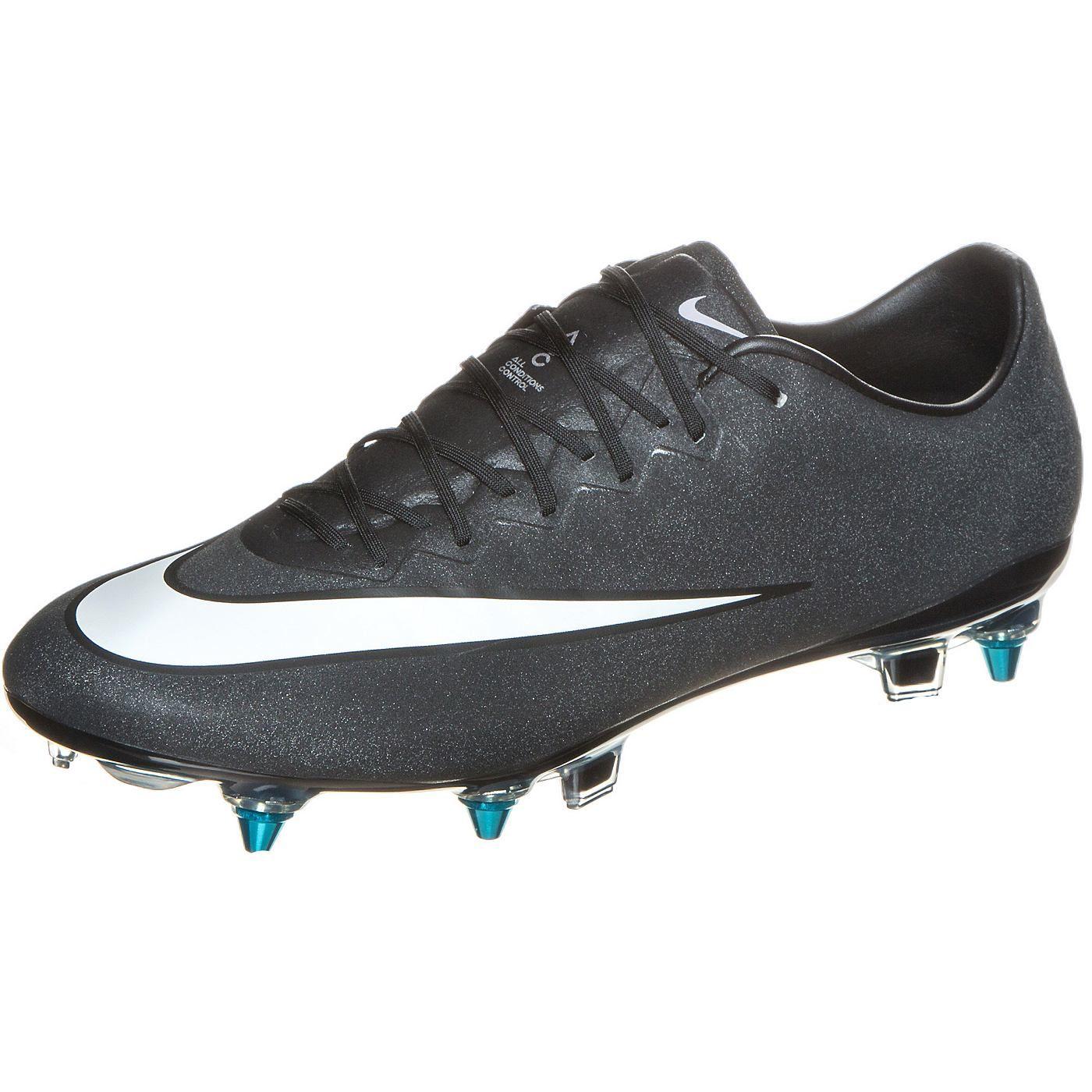 Kurz erklärt: Nike Fußballschuh Technologien OUTFITTER Mit