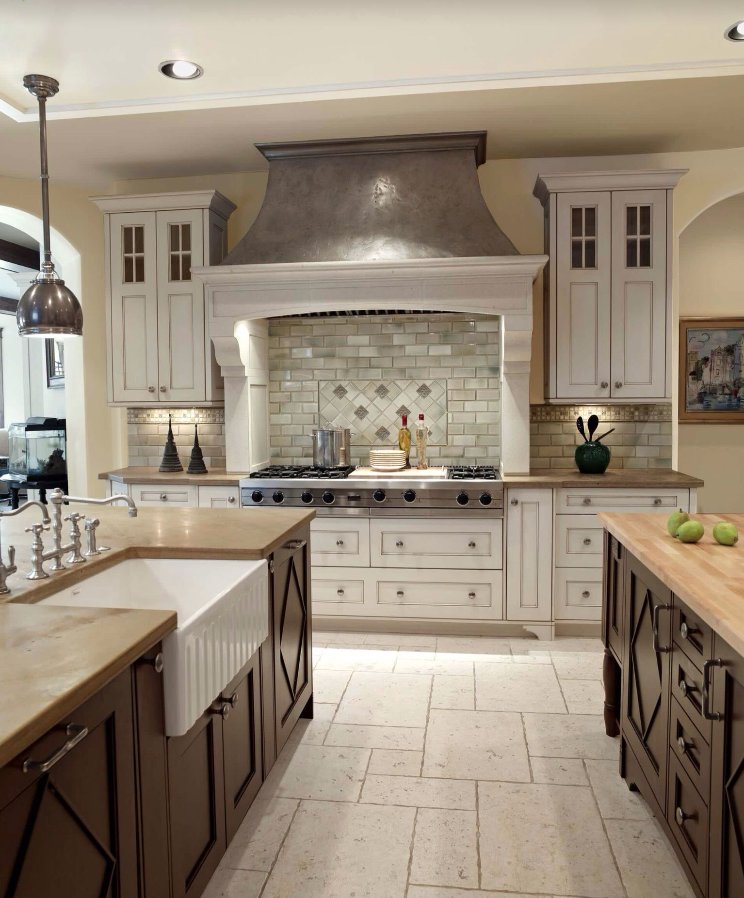 Light Painted Cabinets Kitchen: Wall Cabinets Painted In A Light Color And Island In