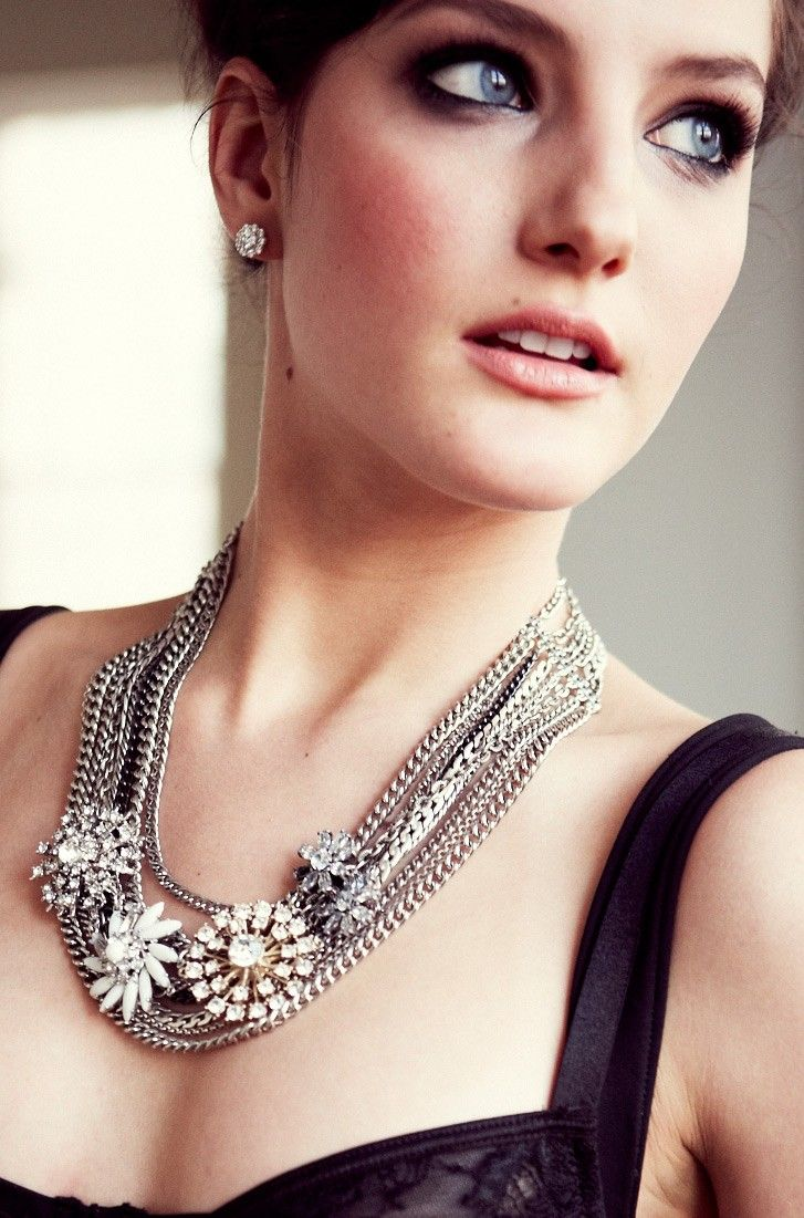 Stella & Dot's Metropolitan Mixed Chain Necklace,  $198, stella and dot makes great gifts, stella & dot jewelry, stella & dot, holiday gifts, www.shopwithedge.com